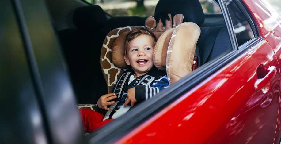 Дорожные игры в машине