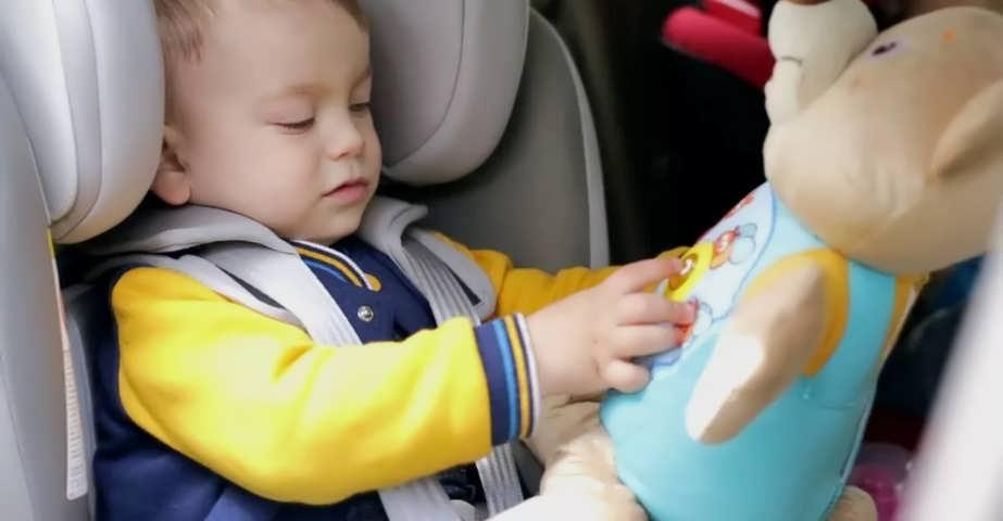 Дорожные игры в машине для самых маленьких